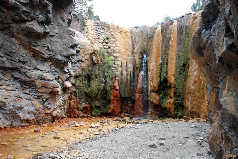 Cascada de colores. La Palma
