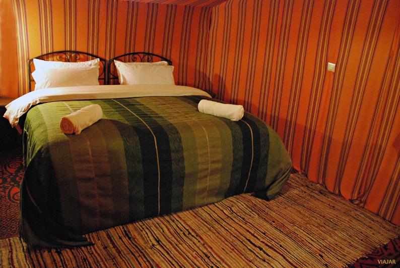 Dormir en una jaima en el desierto de Marruecos