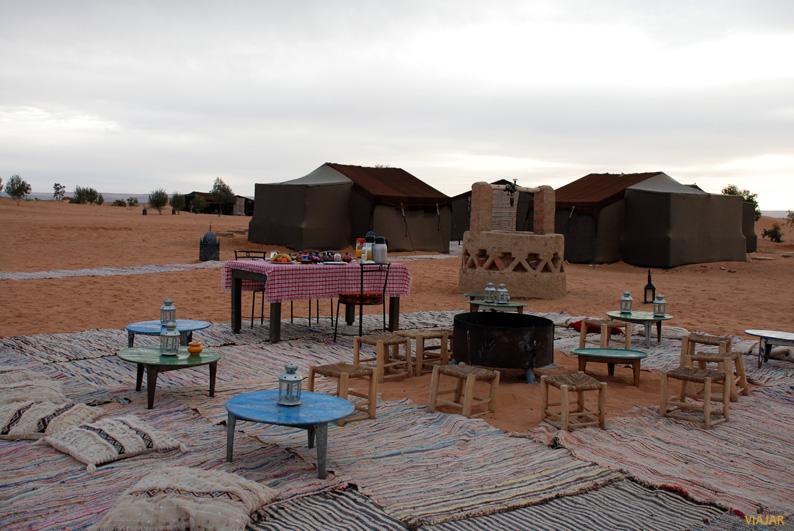 Dormir en una jaima. Desierto de Marruecos