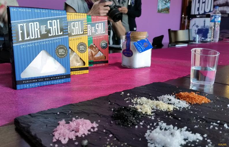 Cata de diferentes tipos de flor de sal. El Jardín de la Sal. Fuencaliente
