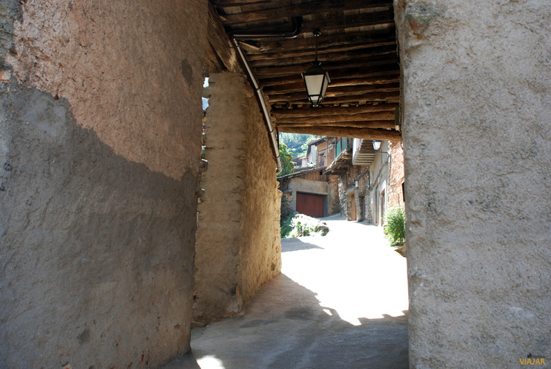 Pasadizo en Robledillo de Gata. Sierra de Gata