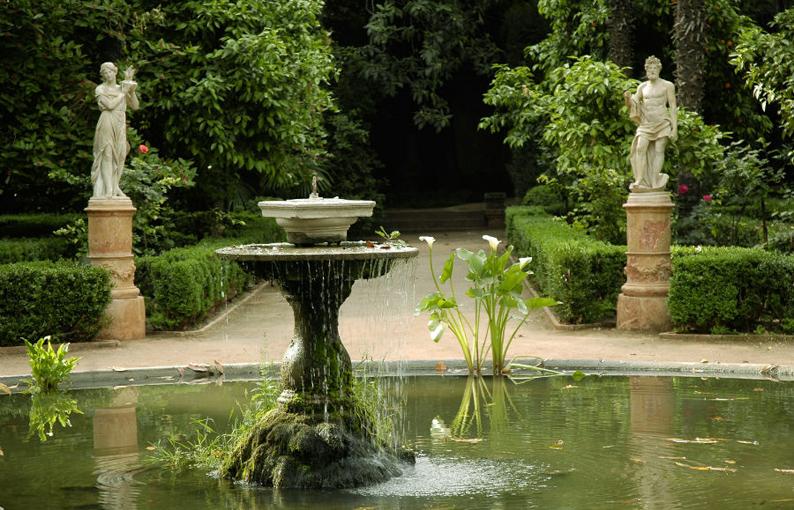 Poesía y naturaleza se dan cita en el jardín de los Mártires. Granada