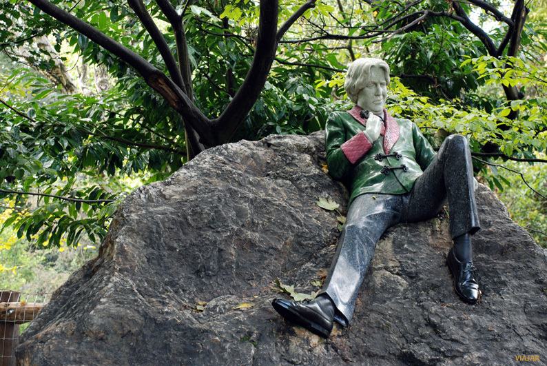 Escultura de Oscar Wilde. Merrion Square Park