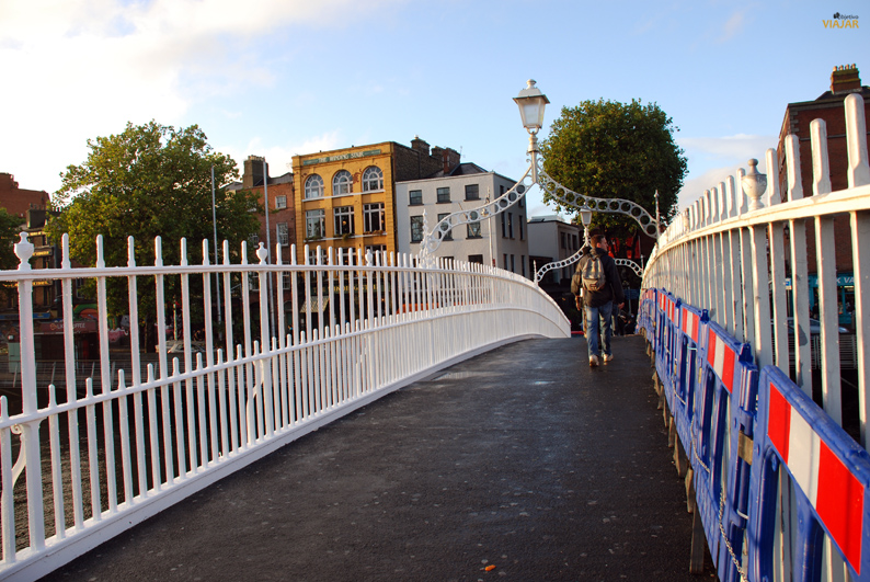 Ha'penny Bridge. Que ver en Dublin