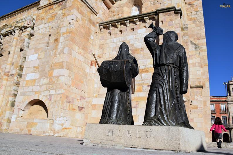 Monumento al Merlú. Plaza Mayor de Zamora
