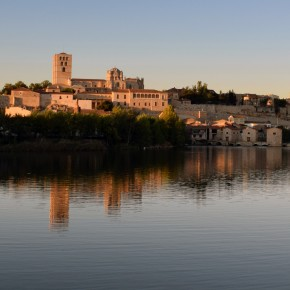 Zamora en cuatro rutas: Románico, Modernismo, el Duero y una ronda de tapas