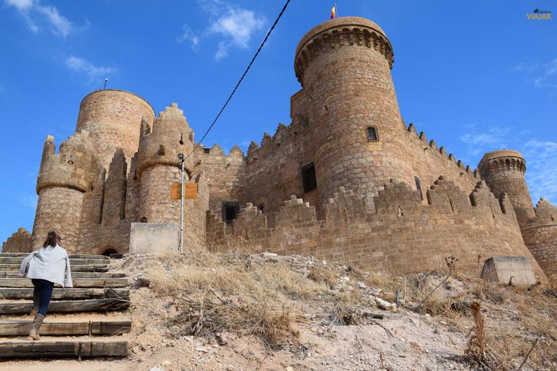 Vista exterior del Castillo de Belmonte