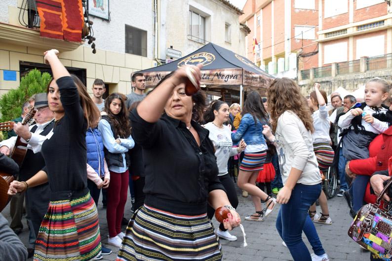 Bailes durante la Feria de Tradiciones Populares de Yeste. Sierra del Segura