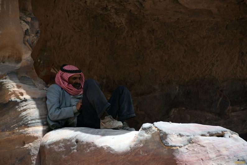 Beduino en Petra. Jordania