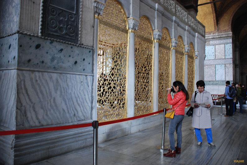 Biblioteca de Mahmud I. Santa Sofía, Estambul