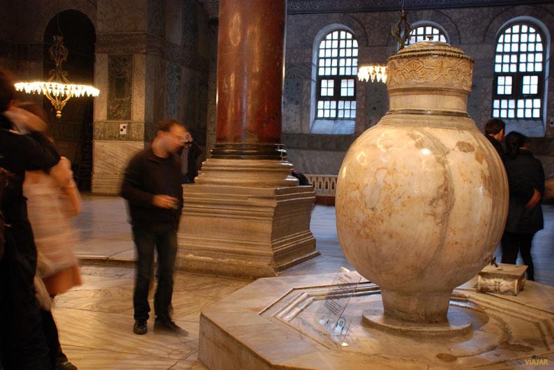Cisterna de alabastro. Santa Sofía. Estambul