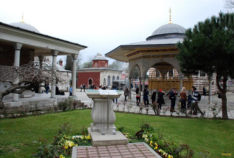 Fuente de las abluciones. Santa Sofía. Estambul