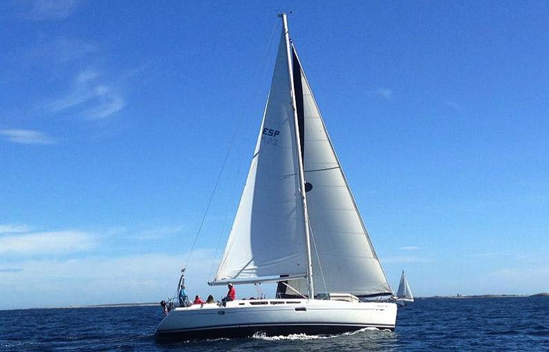 Recorrer el mundo navegando. Kioni. Isla de Ítaca, Grecia