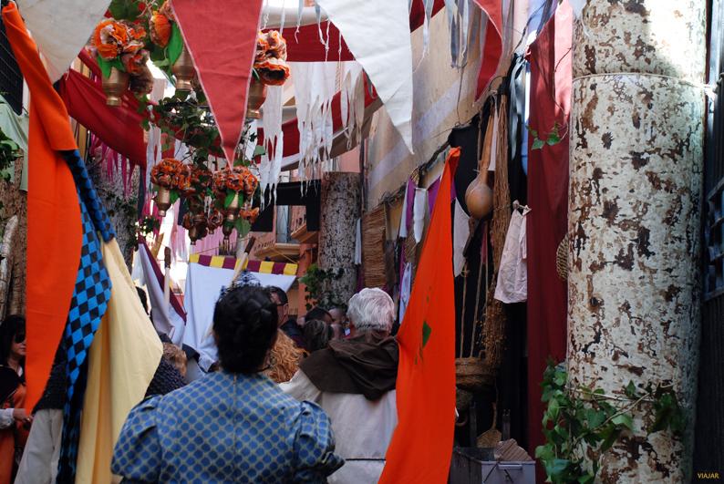 Las calles de El Rabal durante las Fiestas del Medievo. Villena