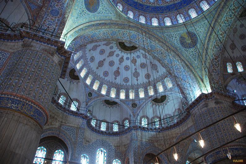 Detalle de las cúpulas de la Mezquita Azul. Sultanahmet. Estambul