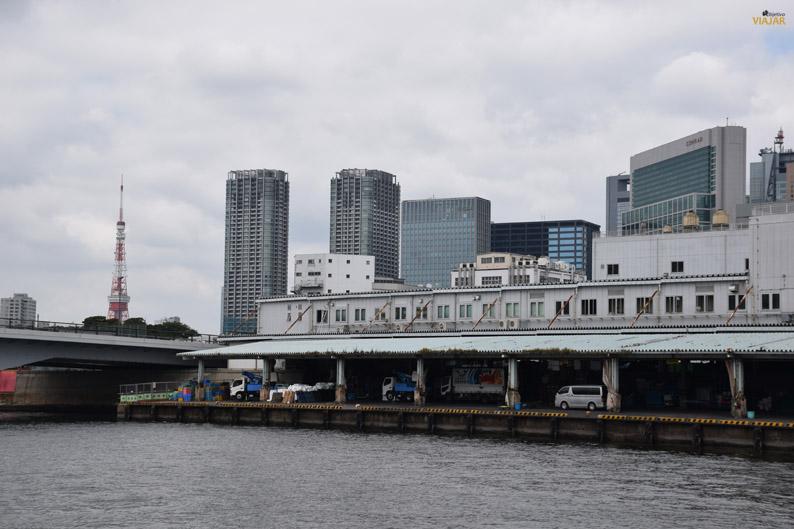 Torre de Tokio y mercado Tsukiji. Río Sumida, Tokio