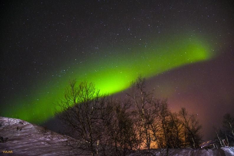 Aurora boreal en Kirkenes. Laponia noruega