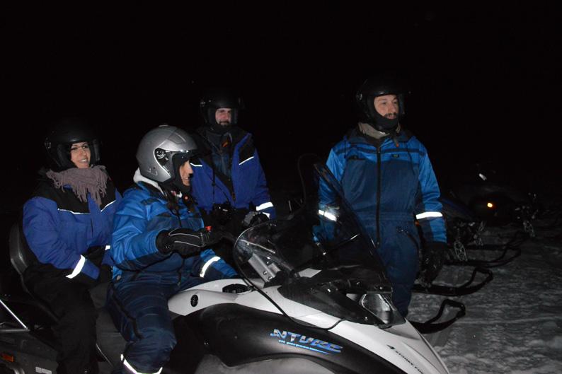 En el lago helado con Lyngsfjord Adventure. Laponia noruega. Foto de Gøril Ovesen