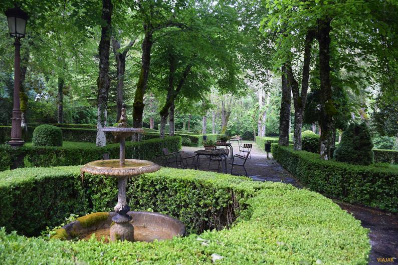 Jardines del Real Balneario de Solán de Cabras. Provincia de Cuenca