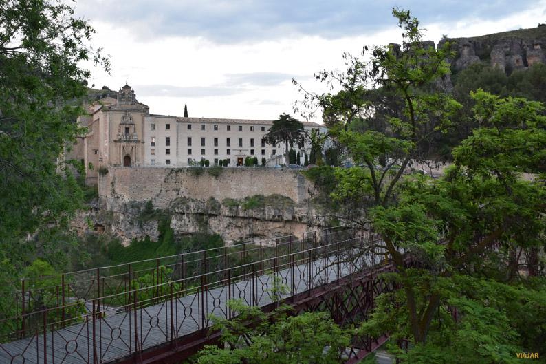 Vista del Parador de Cuenca desde el Puente de San Pablo