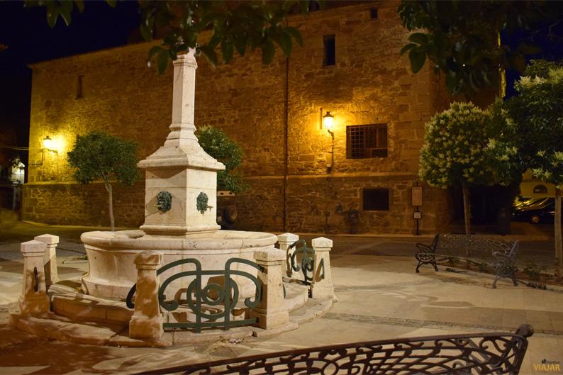 Plaza Trucharte. La Puebla de Valverde