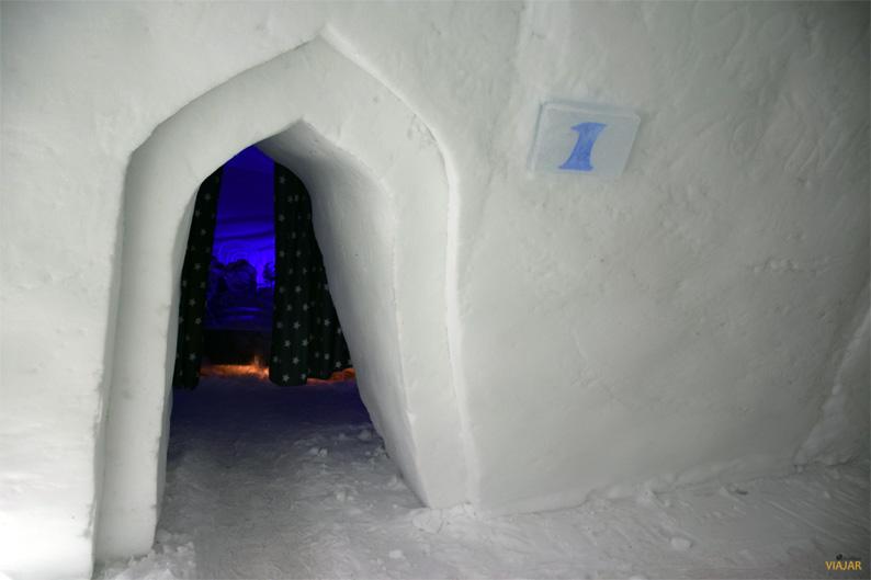 Acceso a las estancias del hotel de hielo