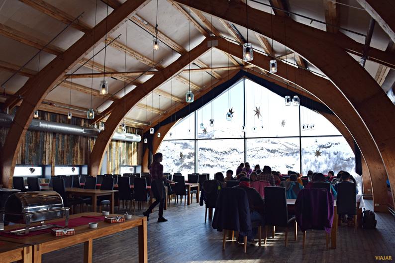 Restaurante Høyloftet. Kirkenes Snowhotel