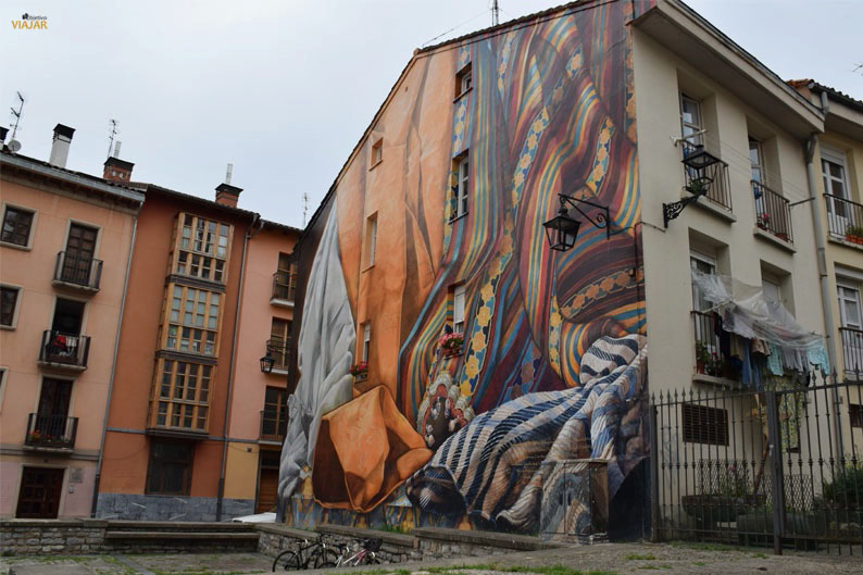 Al hilo del tiempo. Murales de Vitoria-Gasteiz