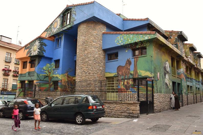 Continentes. Murales de Vitoria-Gasteiz