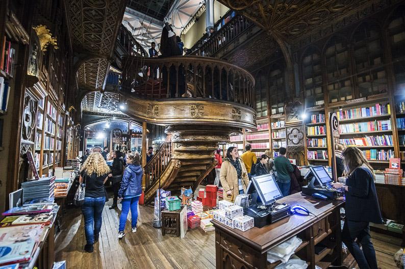 Librería Lello. Oporto. © Miguel Ángel M. Romero