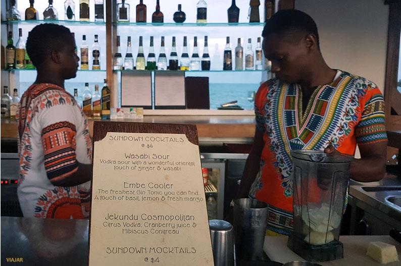 Carta de cocteles de The Jetty. Essque Zalu Zanzibar