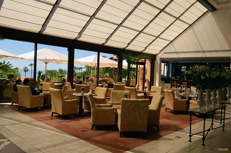 Bahia Lounge Cafe. Kempinski Hotel Bahia