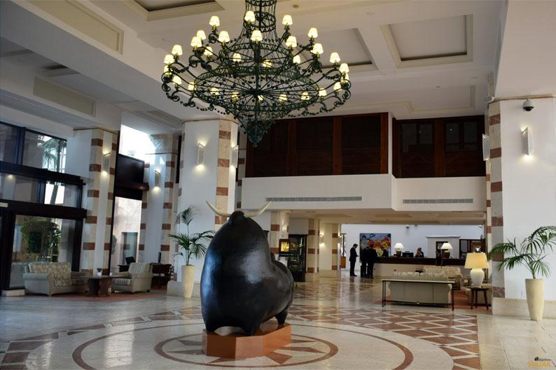 Hall. Kempinski Hotel Bahia