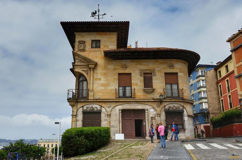 Casa Paquet, Gijon. Etapa Gijon/Xixon-Aviles