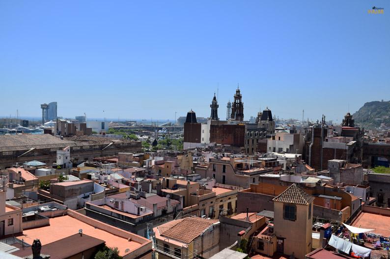 Montjuïc y el mar desde las terrazas de Santa Maria del Mar