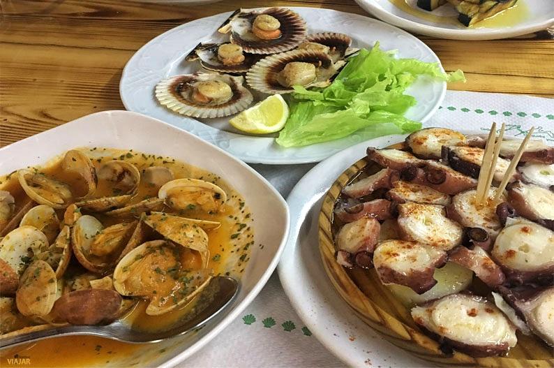 Delicias gallegas en el Chiringuito Los Pinares. Cabanas