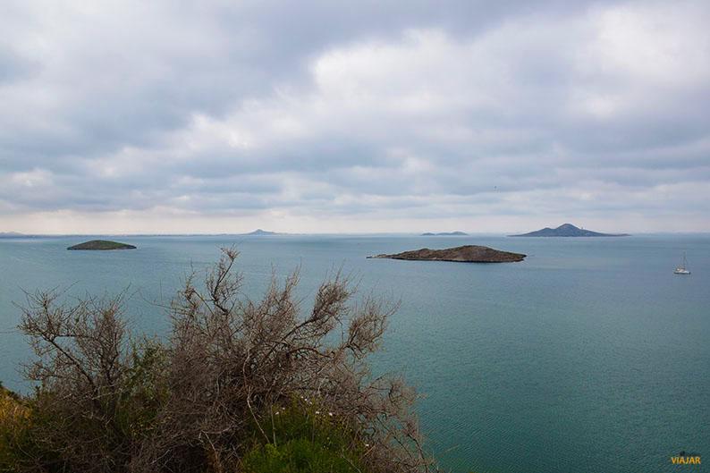 Islas volcanicas. Que ver en el Mar Menor