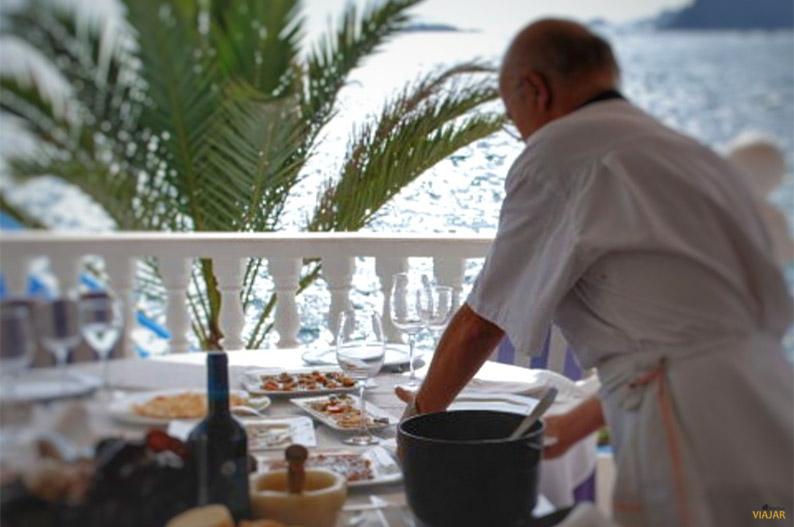 Restaurante El Pez Rojo. Cabo de Palos. Que ver en el Mar Menor