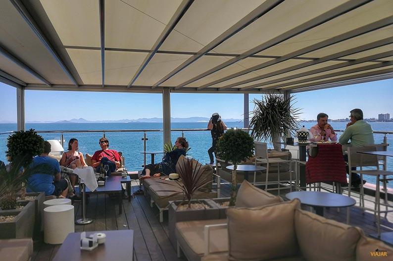 Terraza del restaurante 360. Que ver en el Mar Menor