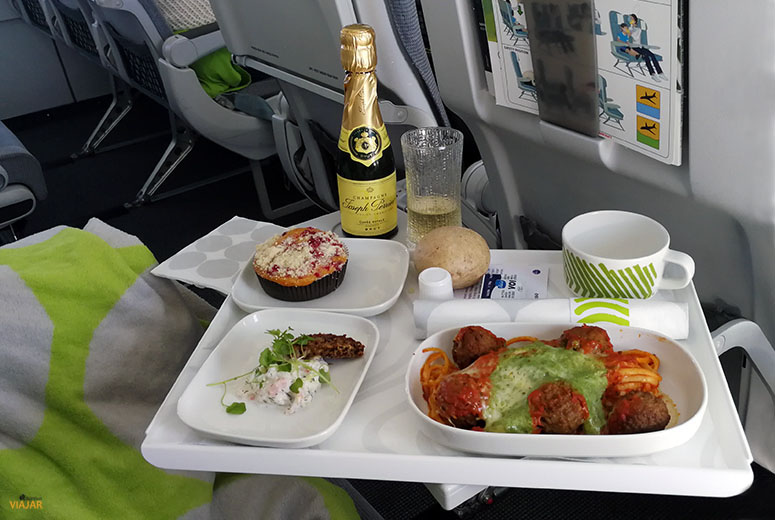 Menu clase business de Finnair en vuelos dentro de Europa