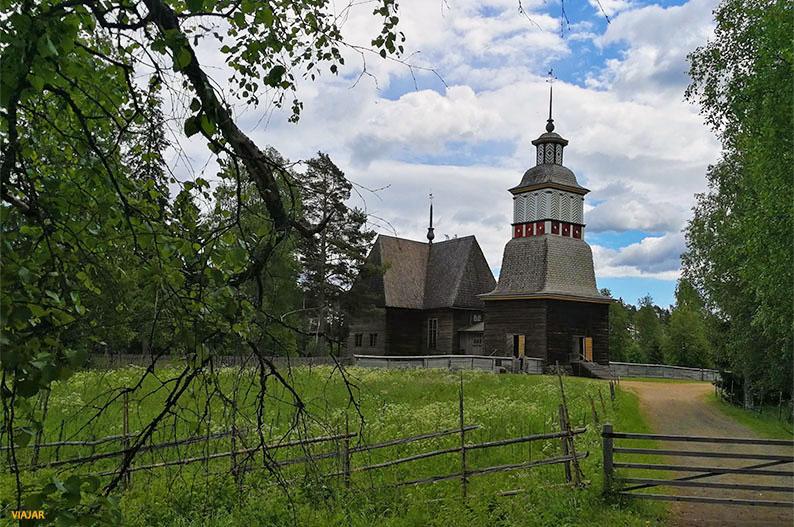 Iglesia de Petäjävesi. Region de los Mil Lagos de Finlandia