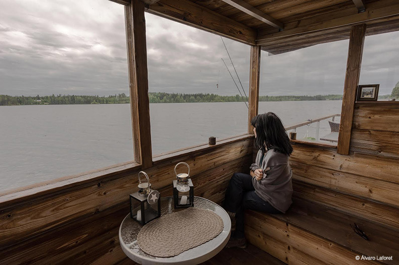 Navegando por el lago Ruovesi. Finlandia
