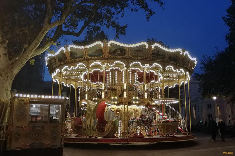 Carrusel de la Place de l'Horloge. Avignon. Francia