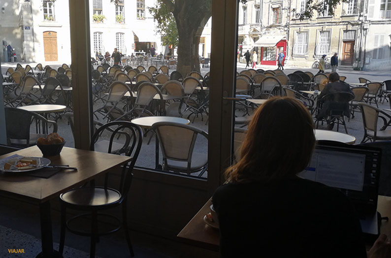 Grand Cafe Barretta. Avignon. Francia