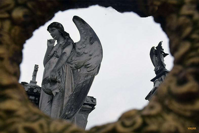 Cementerio de La Carriona. Que ver en Aviles