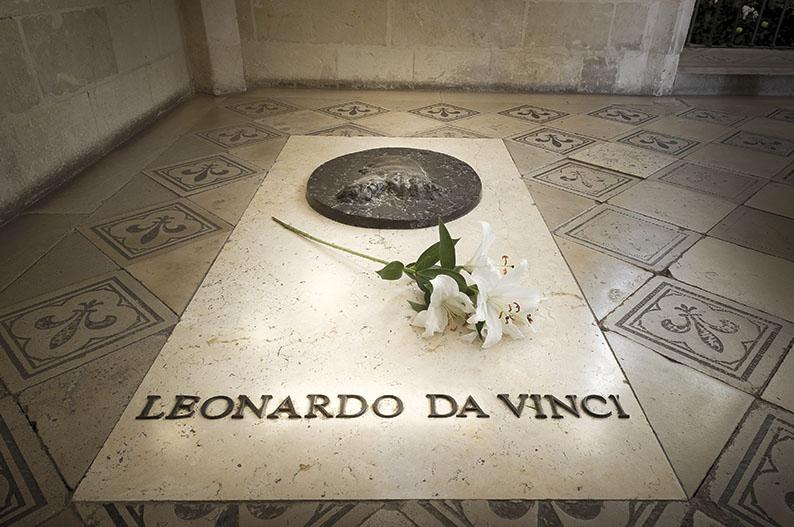 Tumba de Leonardo da Vinci en el castillo de Amboise © Leonard de Serres