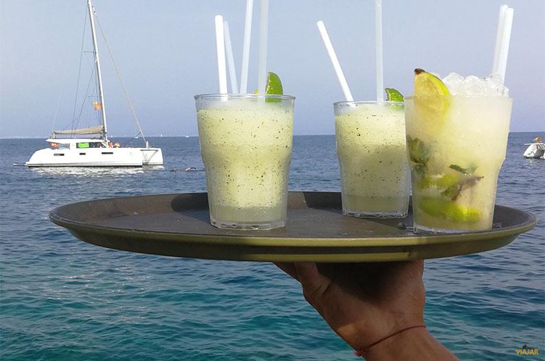 Mojitos frente al mar. Purobeach Illetas