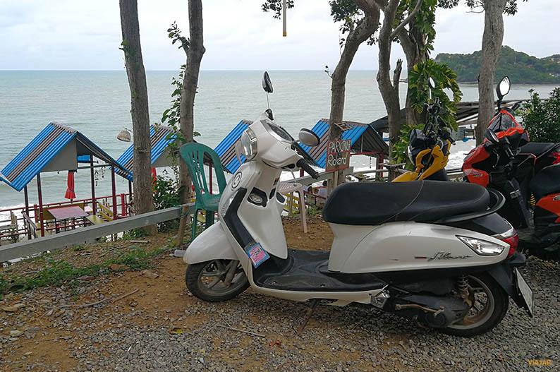 Cuanto cuesta alquilar una moto en Tailandia