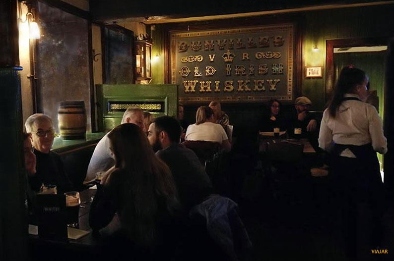 Whites Tavern. Pubs de Belfast