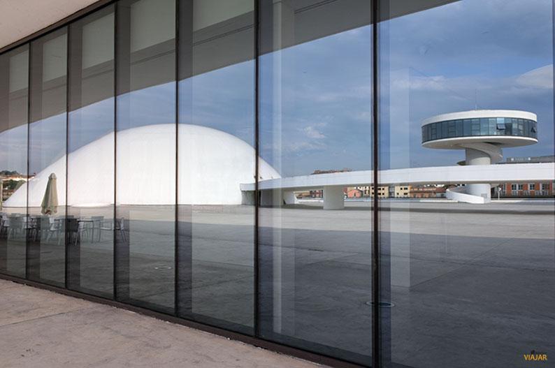 Centro Niemeyer. Aviles